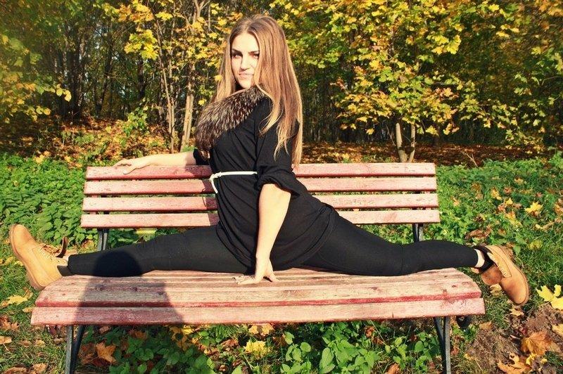 无处不在的人体生活_俄罗斯无处不在的劈叉美女 显身体柔韧 组图