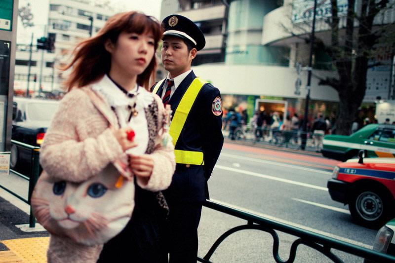日本街头的美女与绅士