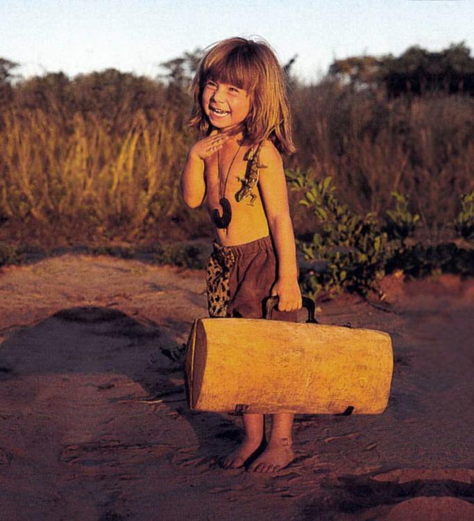 还有网站,出版了著作《my book of africa》(中:我的野生动物朋友)