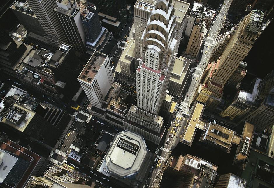 俯视纽约曼哈顿东区的克莱斯勒大厦.