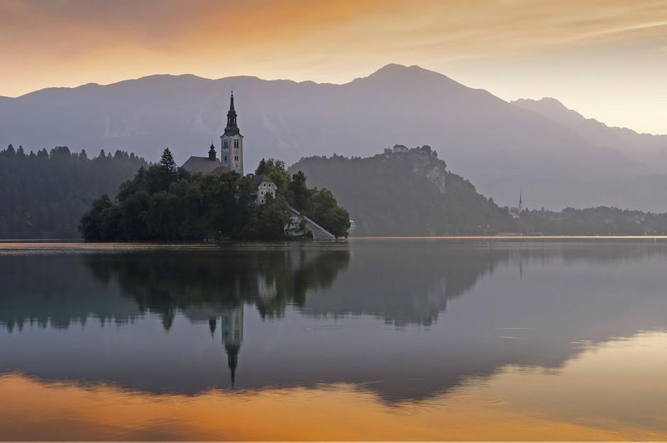 为仙境代言 斯洛文尼亚布莱德湖梦幻风景 组图