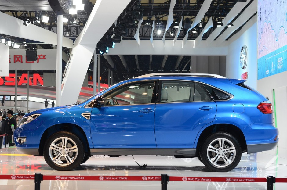 适时四驱系统,以及比亚迪最新研发的可改善车内空气质量的pm2.