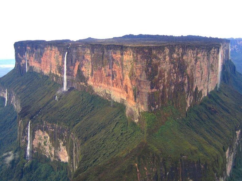 它位于南美洲委内瑞拉的高原上