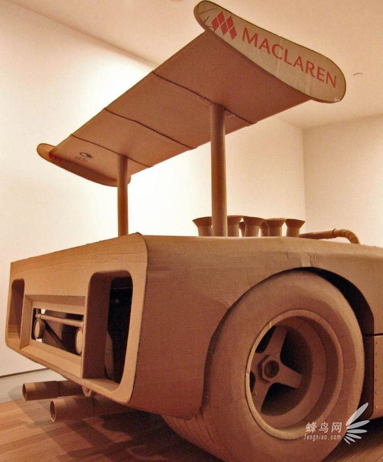 手工牛人用硬纸板打造汽车-栩栩如生