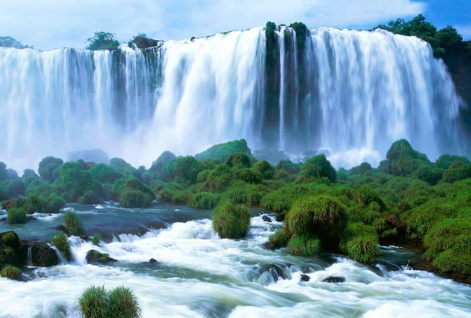 贵州黄果树瀑布 飞流直下雄浑壮美 高清图片