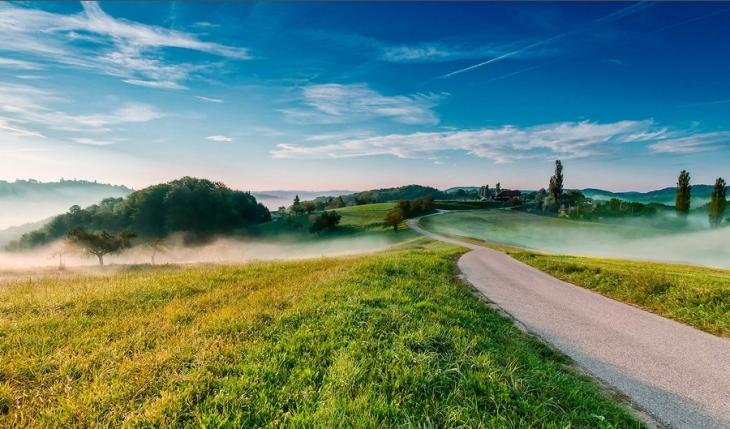 中欧摄影师作品:清晨的绝美田园风光 组图图片