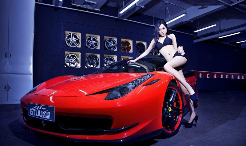 艳丽超跑法拉利与性感车模激情碰撞 套图 第1高清图片