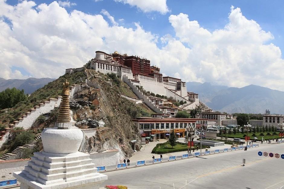 西藏拉萨布达拉宫-世界第二位