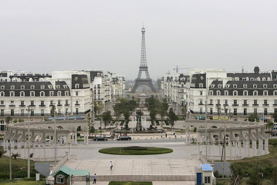 山寨一座巴黎 杭州现艾菲尔铁塔小区 组图