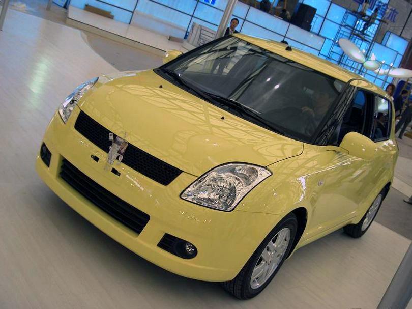 长安铃木 雨燕1.3mt 舒适型清晰大图片 长安铃木国产汽车产品高清图片