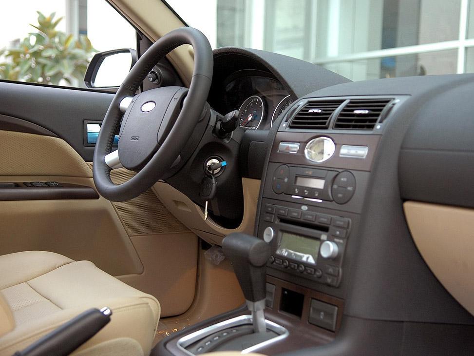 自达 蒙迪欧 2.0精英型大图 长安福特马自达国产汽车产品图高清图片