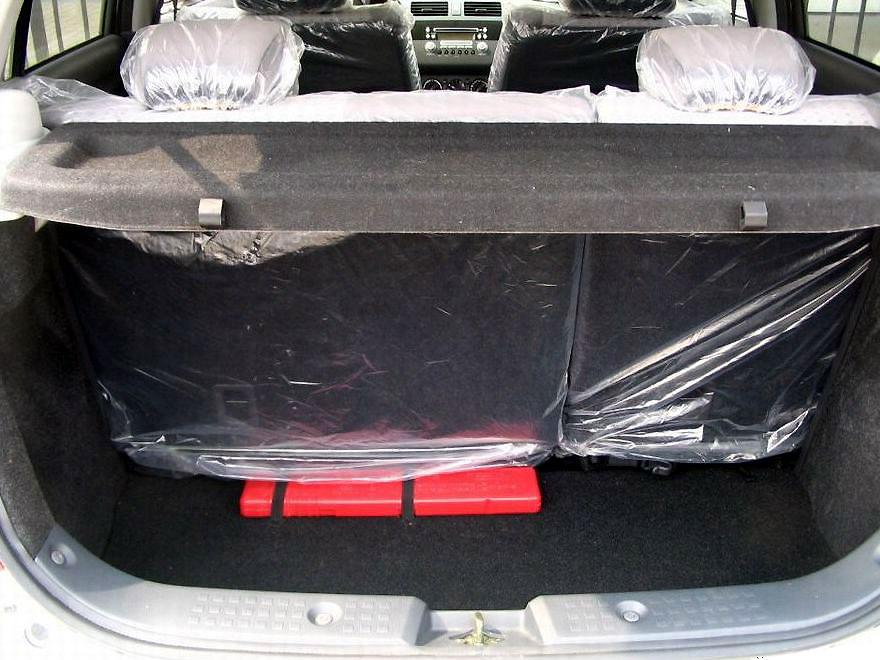 长安铃木 雨燕1.3mt 豪华型清晰大图 长安铃木国产汽车酷图欣高清图片
