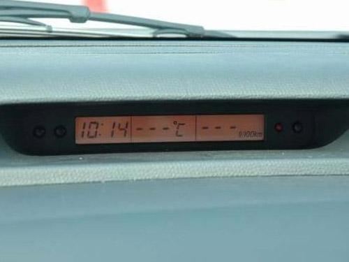 长安铃木 雨燕1.3mt 超豪华型清晰大图 长安铃木国产汽车图高清图片