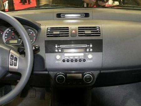 长安铃木 雨燕1.3mt 豪华型图片下载 长安铃木国产汽车清晰大高清图片