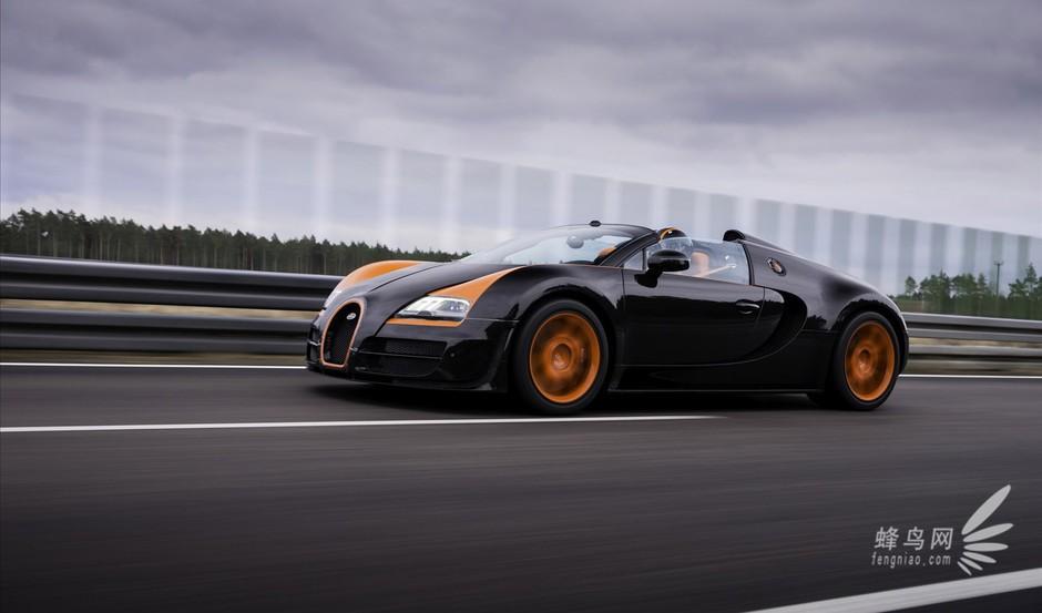 Bugatti布加迪最新的敞篷跑车Veyron16.4G randSport Vitesse,以法文的Vitesse速度一字为名,延续Veyron16.4Super Sport的威名,以1200hp的最大马力及...(作者:袁野 2013-09-29) 全部展开  Bugatti布加迪最新的敞篷跑车Veyron16.4G randSport Vitesse,以法文的Vitesse速度一字为名,延续Veyron16.