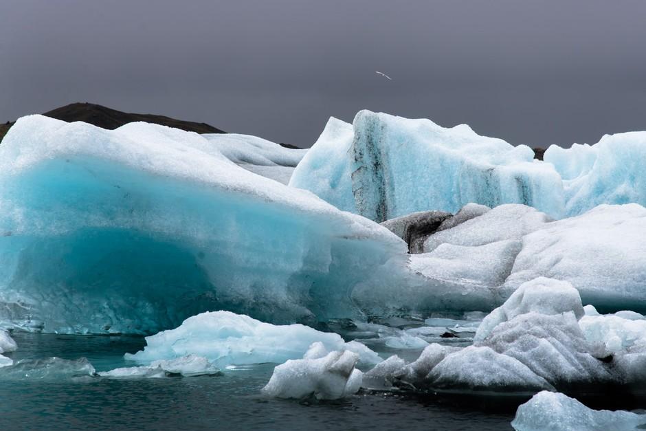正在融化的冰川 摄影师行摄冰岛格陵兰 组图