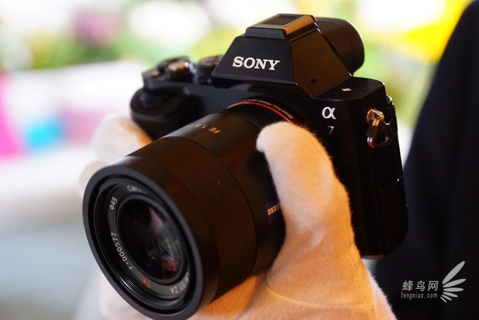 全画幅微单相机_尼康全画幅微单相机搞笑图片