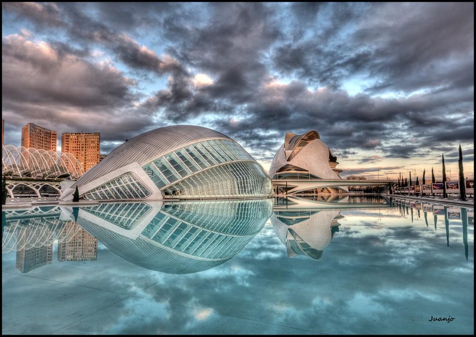 现代与古典融合 西班牙瓦伦西亚城市风光 组图