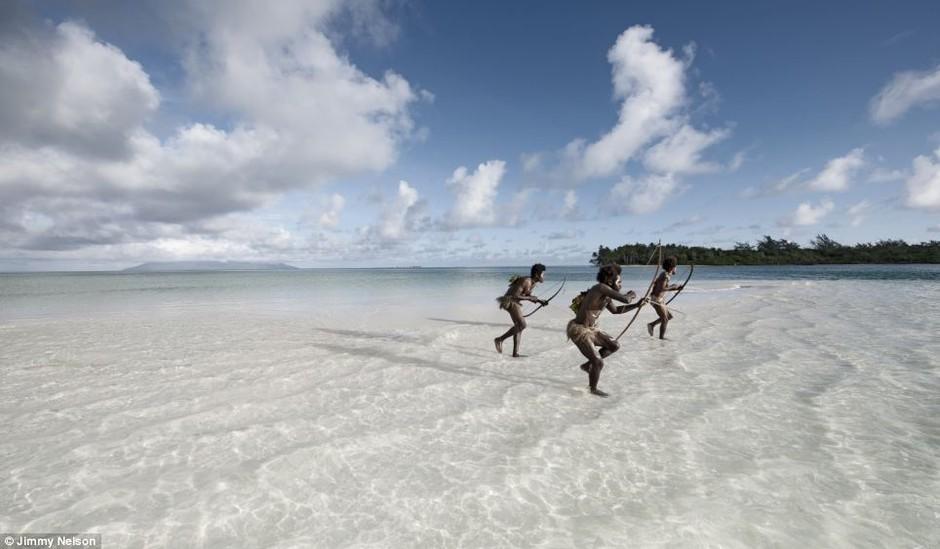 尼-瓦努阿图将南太平洋的传统食物与新式食物结合在一起.