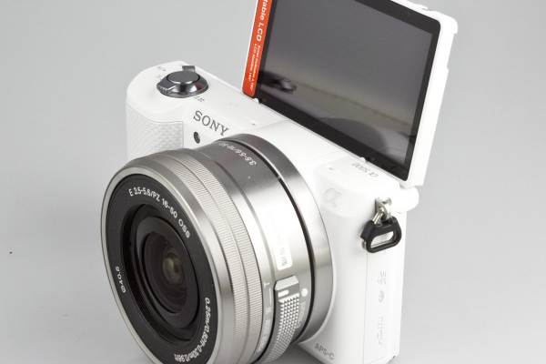 白色版索尼a5000微单相机实物图赏