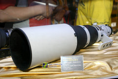 入门单反功不可没 尼克尔镜头超4000万 - 天王星 -           .