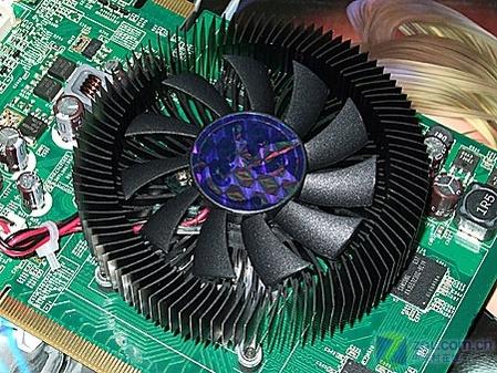默认560/1430MHz AIC超频版8500GT到货