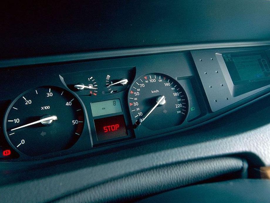 雷诺 威赛帝酷图欣赏 雷诺 威赛帝图酷 雷诺进口汽车图酷 高清图片