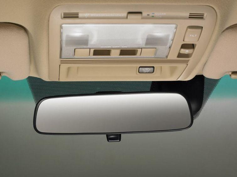 红旗 hq300豪华型清晰大图片 一汽轿车 hq300豪华型图 一高清图片
