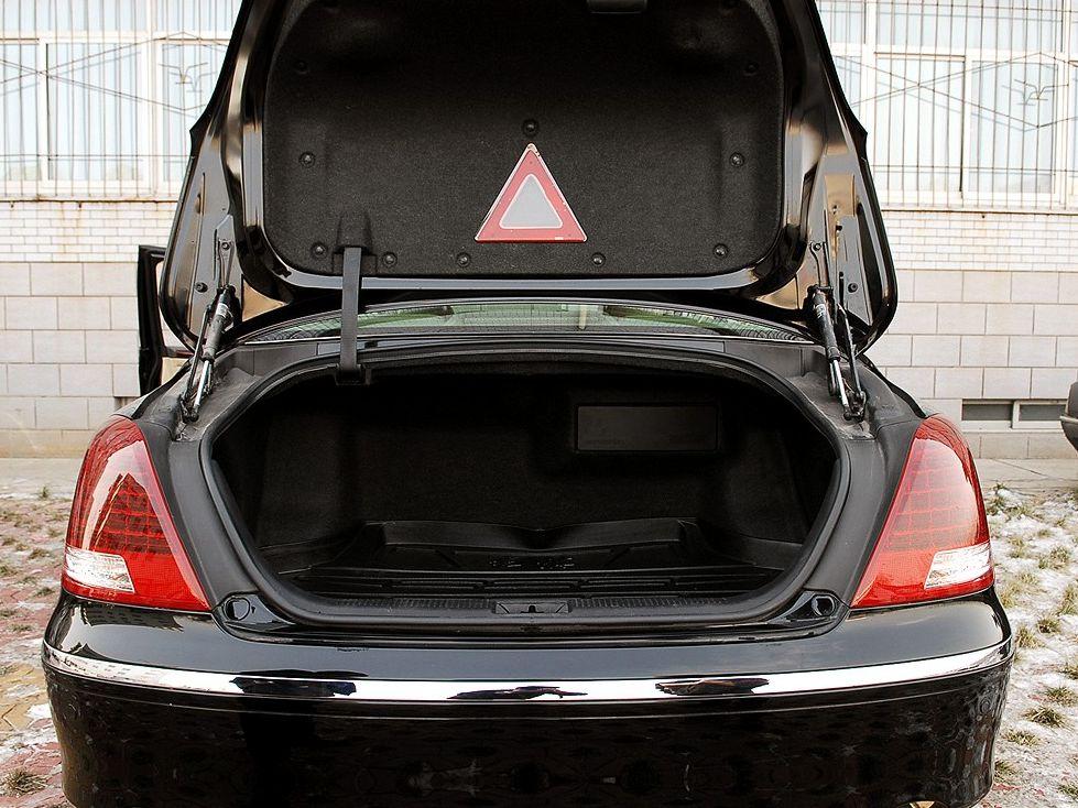 红旗 hq300商务型图片下载 一汽轿车 hq300商务型图片资高清图片