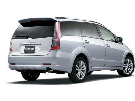 七座舒适型清晰大图 三菱 格蓝迪 2.4 七座舒适型图片 三菱进口汽车高清图片