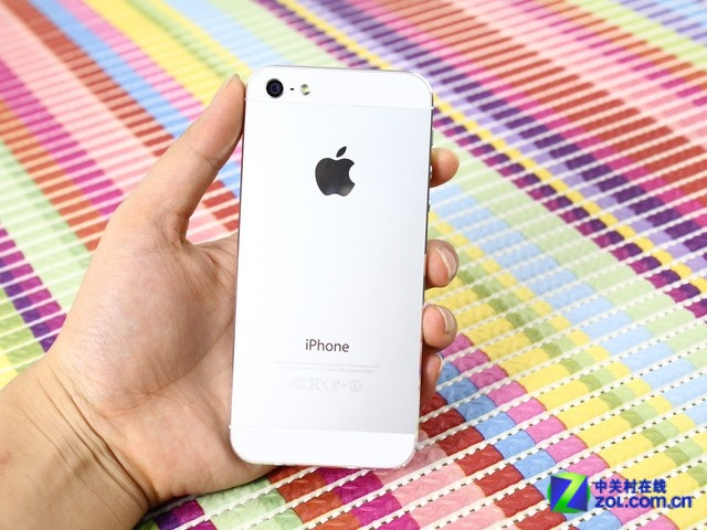苹果手机暑期促销 苹果5报价2950元