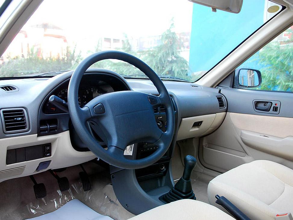 铃木 羚羊 新 1.3 标准型图库 长安铃木国产汽车图片收藏夹 高清图片