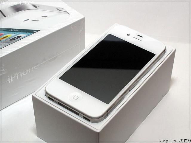 蘋果iphone 4s是2011年10月份上市的   智能手機   ,該款