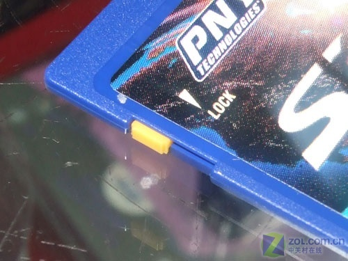 PNY 2GB SD卡105元