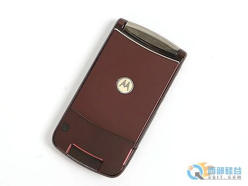 图为:摩托罗拉RAZR2 V9手机