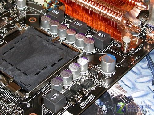 微星全固态P35/E6550/1GB内存套装甩货