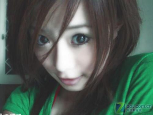 俏皮可爱型大眼睛美女
