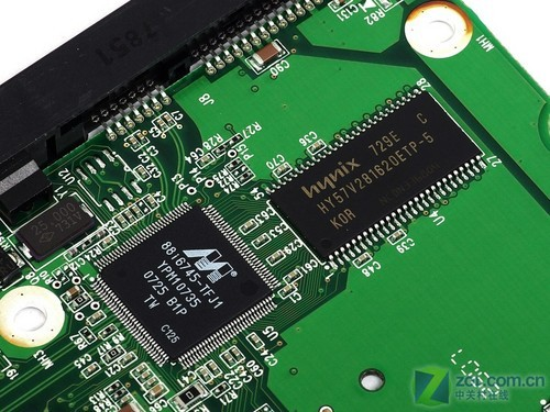ata主控芯片和缓存芯片