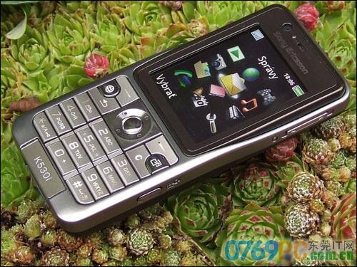 图为:索尼爱立信K530c手机 虽然图中看到的索尼爱立信K...