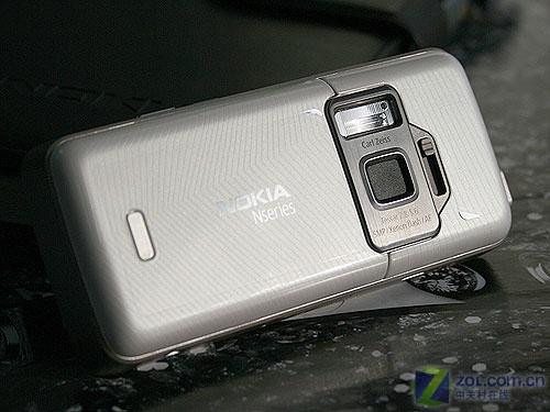 500万像素时尚身 诺基亚N82白色版图赏
