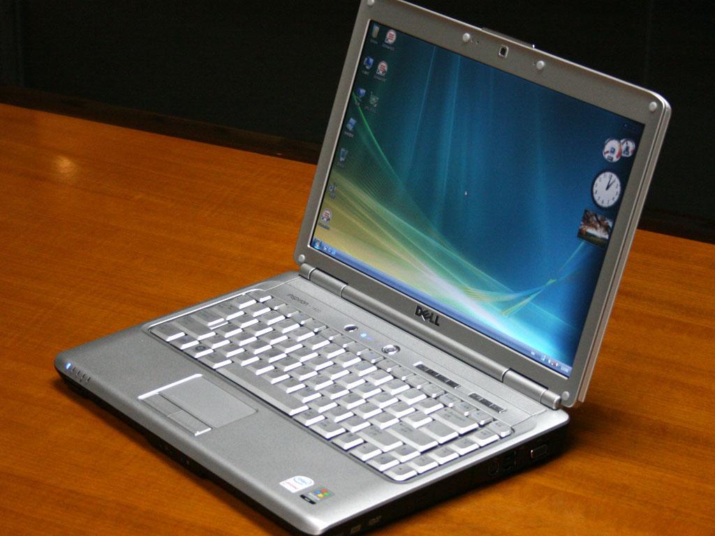 特价批发销售全新港行笔记本电脑
