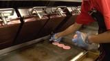 直击麦当劳汉堡的制作全过程