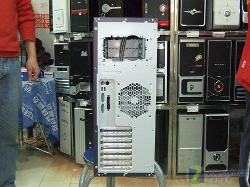 免工具设计 先马强悍服务器机箱498元