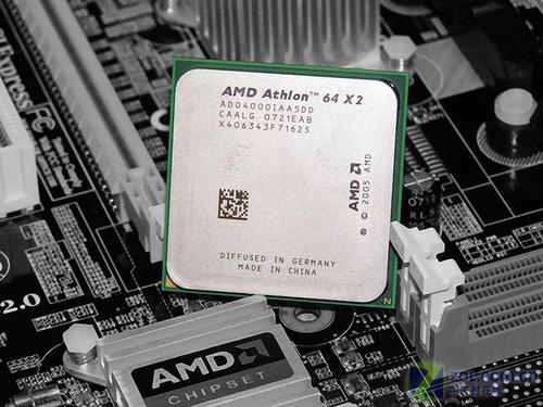 E2140/4000+均不值 低端双核CPU谁称霸