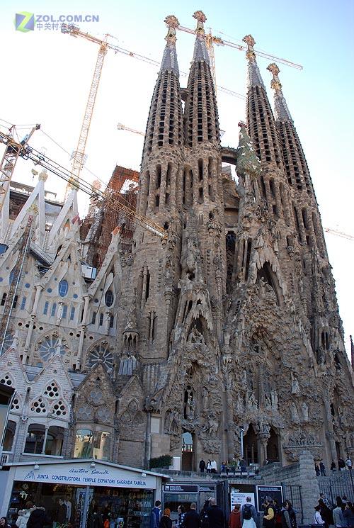 世界上最高的巴塞罗那大教堂
