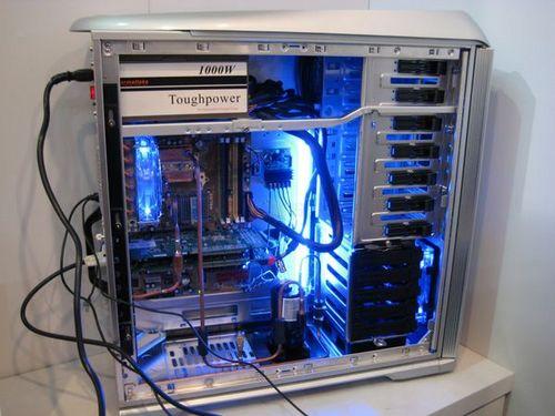 机箱变冰箱 tt cebit展示压缩机制冷