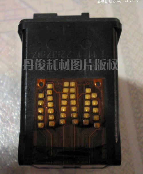[论坛]全图解说惠普816墨盒如何加墨