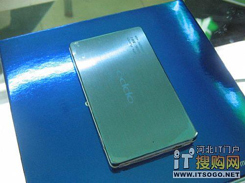 6.9mm超薄机身OppoS9超薄MP3仅售749
