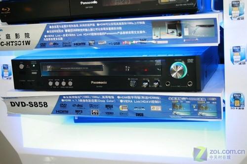 松下DVD-S858碟机卖场实拍 松下DVD-S858碟机是包含在...