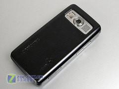 修长时尚滑盖手机 三星J808E仅售1390元